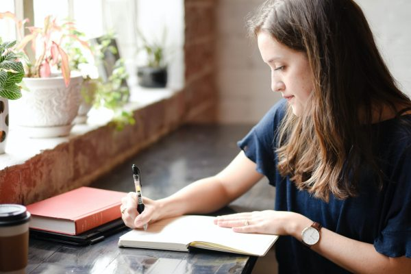 How to become a freelance writer? Love writing every day